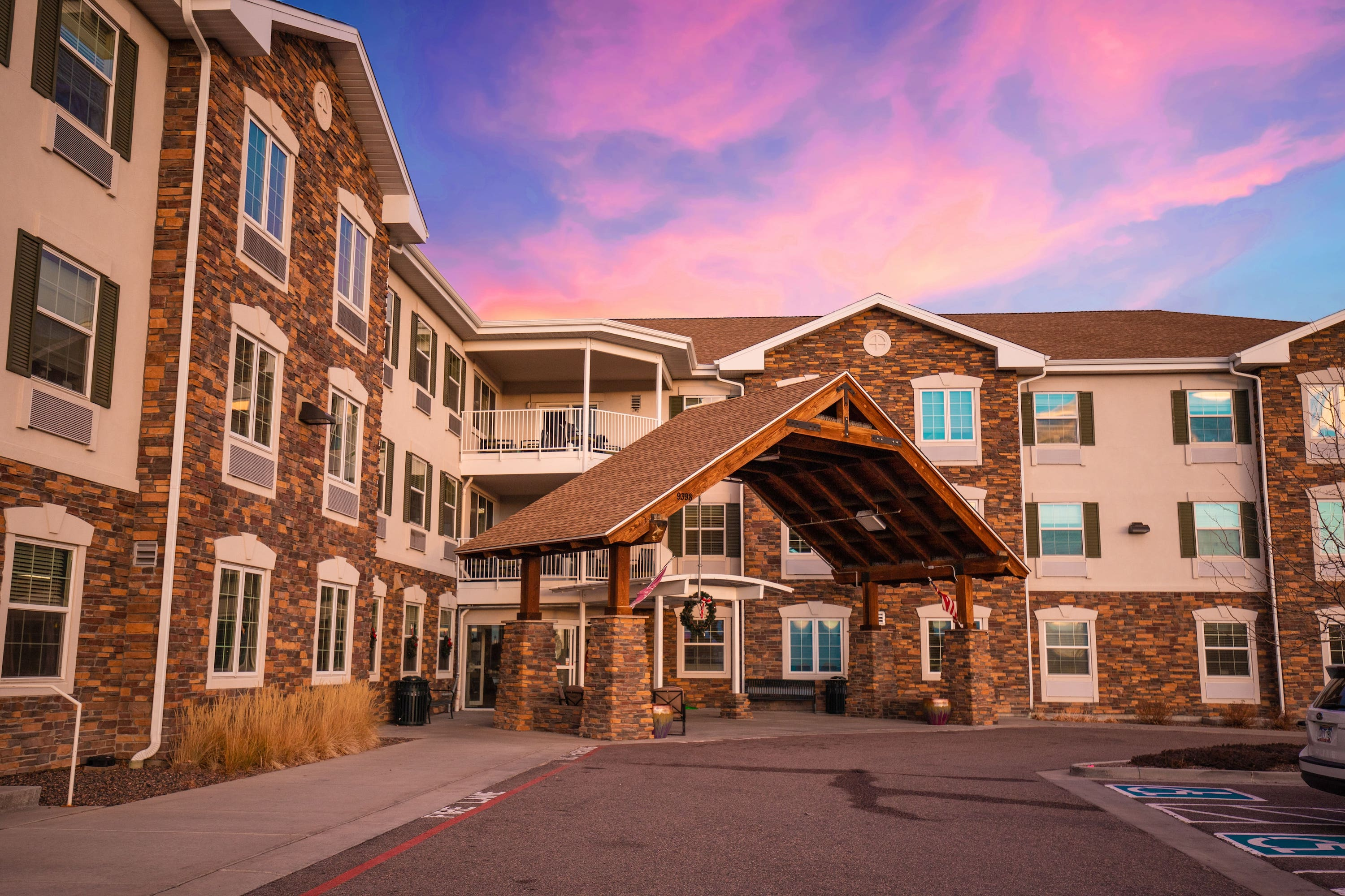 Eduro Opens The Suites in Parker, CO